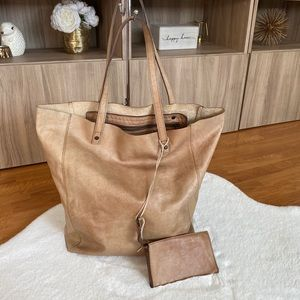 Timothy Oulton %100 Leather Tote